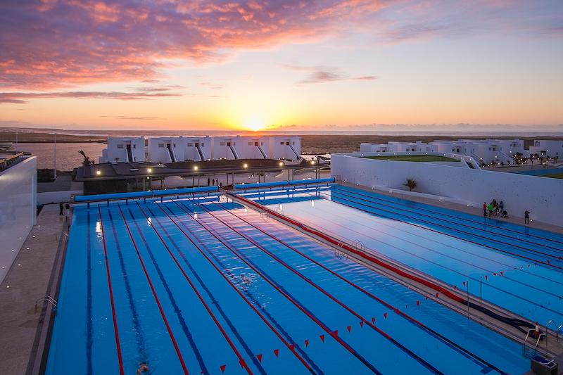 Club La Santa Trainingscamp Pools Sonnenuntergang