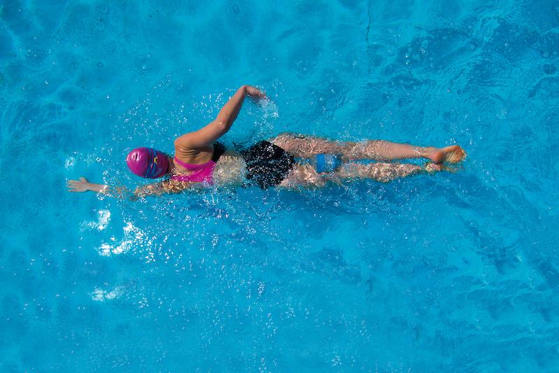 Schwimmen mit Pullbuoy