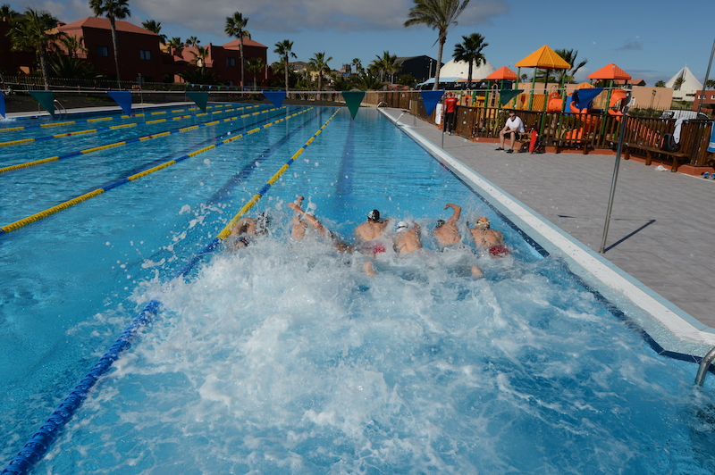 Training Camps Oasis Papagayo Schwimmtraining Gruppe