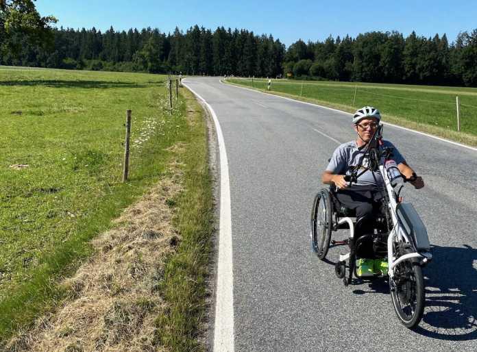 Karsten Pfeifer unterwegs mit seinem Handbike