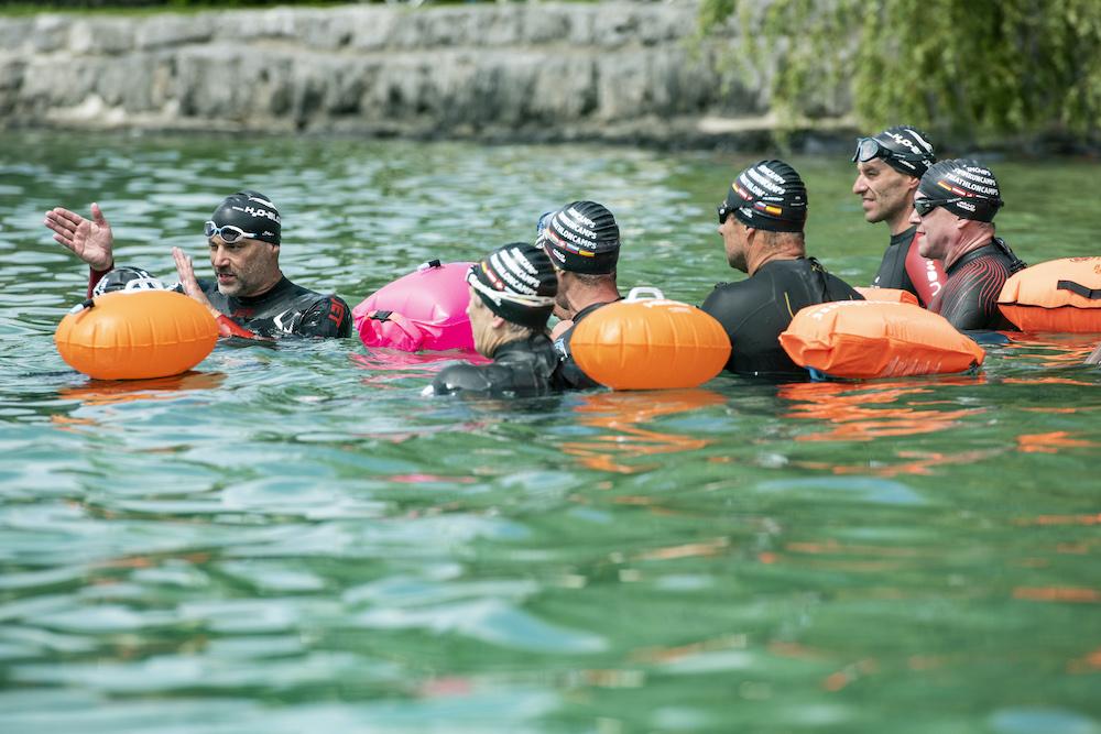Freiwasserschwimmen mit Boje